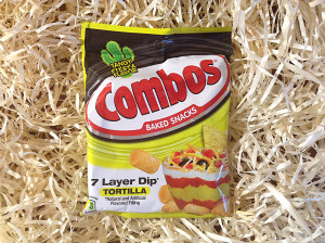 Combos 7 Layer Dip Tortilla